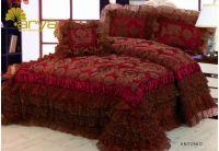 Покрывало Arya Antonio бордового цвета с декоративной подушкой