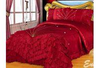 Покрывало Arya Cantare Red красного цвета с наволочками