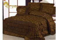Покрывало Arya Vincenzo коричневого цвета с декоративной подушкой