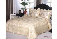 Покрывало Arya Gold Bruno-2 кремового цвета с наволочками