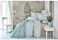 Постельное белье с покрывалом и пледом Karaca Home. Zilonis pudra 2019