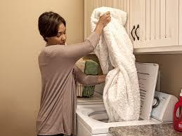 Как стирать шерстяной плед в машинке